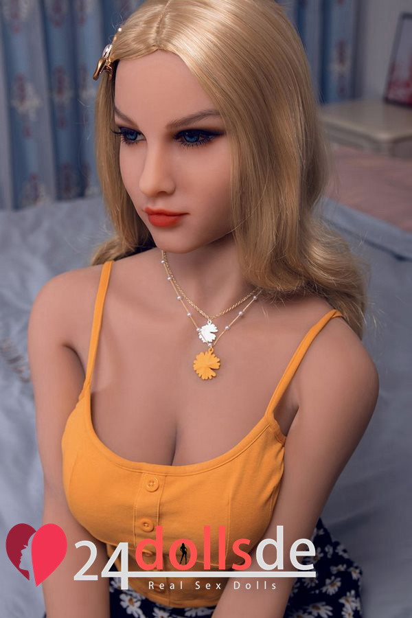 c-cup doll sexpuppen