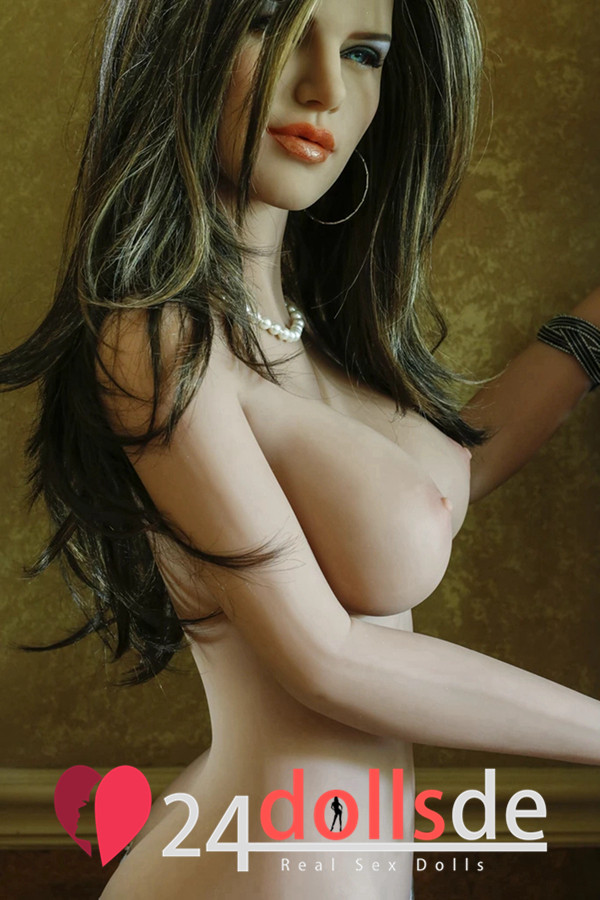 tiffany doll pornstar sexpuppe