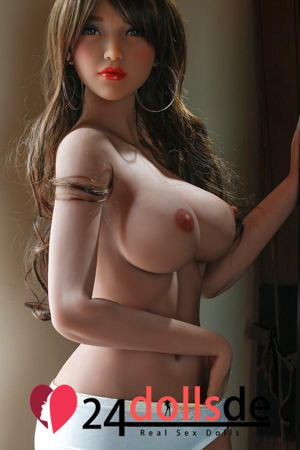 6YE Gute Sex Doll
