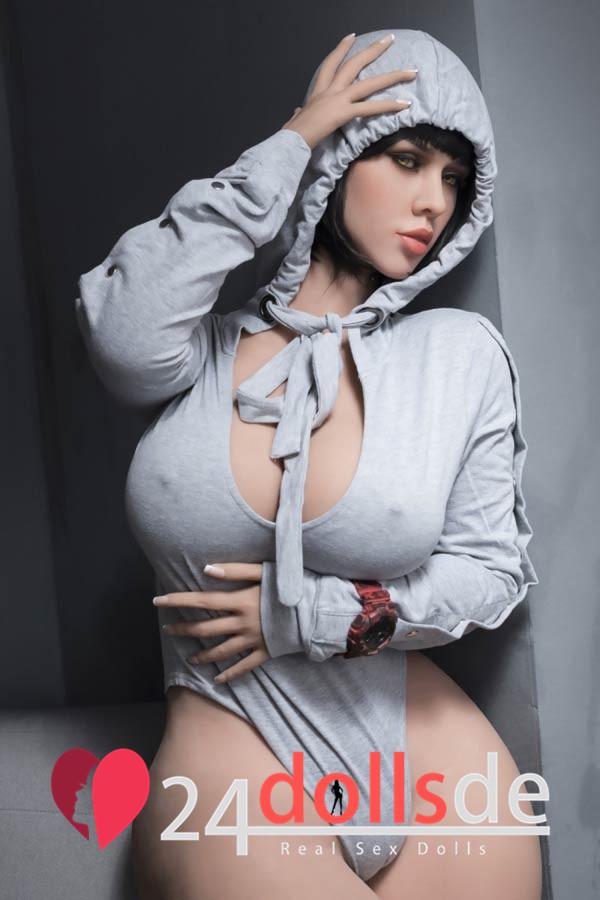 Große Brüste Titten Sexpuppe
