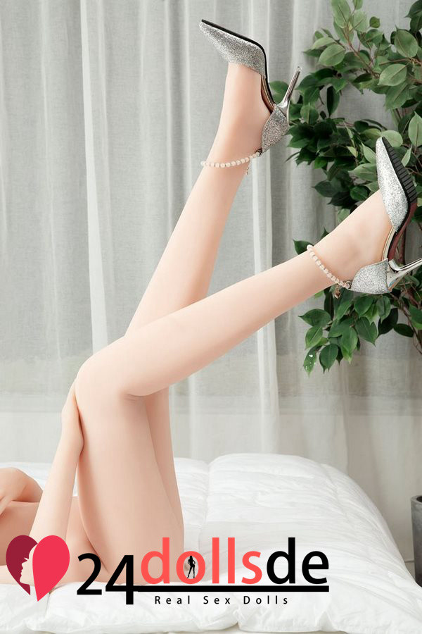 D-cup sexy real doll